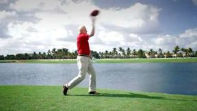 golfdigest_jim-mclean-are-you-a-thrower-or-a-dragger
